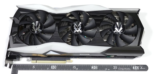 ZOTAC GAMING GeForce RTX 2080 AMP Extreme review_04198_DxO
