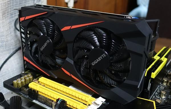 倍速補完Fluid Motionの入門に最適「GIGABYTE  RX 460 4GB」をレビュー