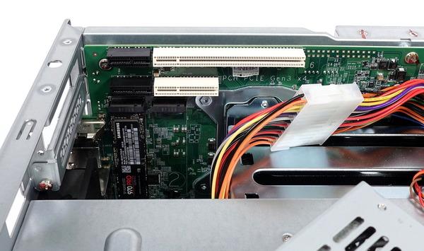 QNAP TL-D800C / TL-D800S review_07826_DxO