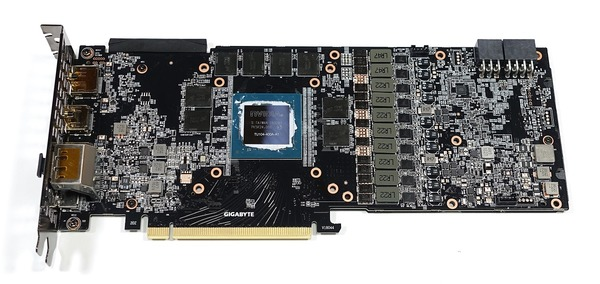 GIGABYTE GeForce RTX 2080 GAMING OC 8G review_02758_DxO