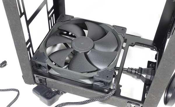 Phanteks Enthoo Evolv Shift review_03301