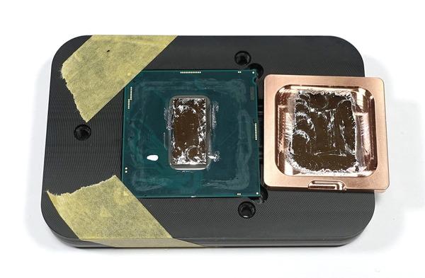 Core i9 9900K delid&cupper