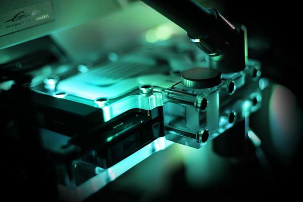 EK-Quantum Vector Trinity RTX 3080_3090 Active Backplate (2)