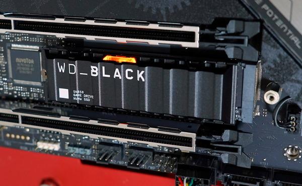 WD_BLACK SN850 NVMe SSD 2TB with Heatsink review_02369_DxO