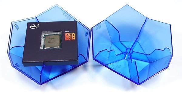 Intel Core i9 9900K review_03836_DxO