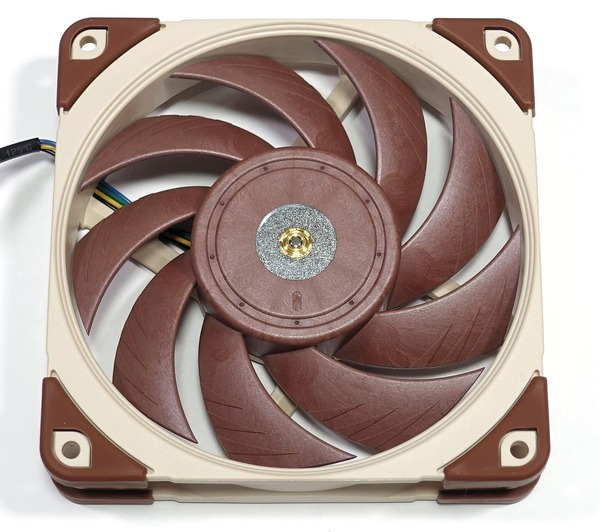 Noctua NF-A12x25 PWM and watercool review_06214_DxO