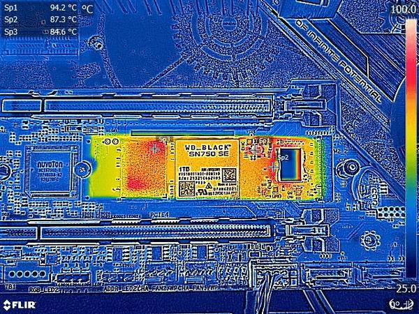 WD_BLACK SN750 SE 1TB_FLIR_no-hs