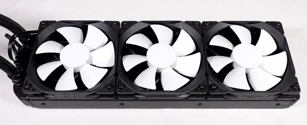 Fractal Design Celsius S36 review_07777