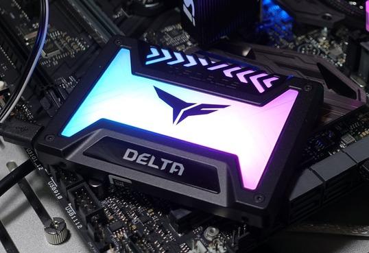 Team T-FORCE DELTA RGB SSD 250GB