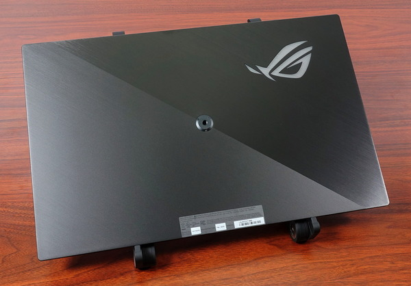ASUS ROG Strix XG17AHPE review_08380_DxO