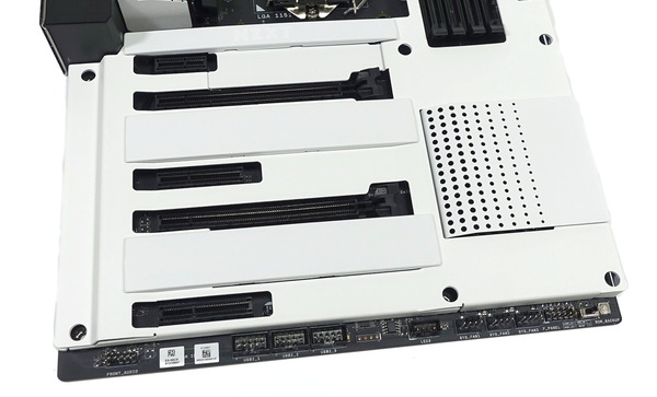 NZXT N7 Z390 review_01489_DxO