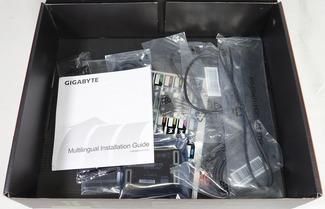 GIGABYTE X470 AORUS GAMING 7 WIFI review_07404