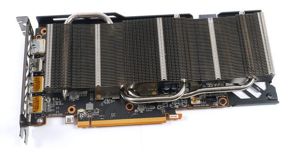 SAPPHIRE PULSE AMD Radeon RX 6600 XT GAMING OC 8G GDDR6 review_07020_DxO