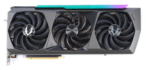 ZOTAC GAMING GeForce RTX 3090 AMP Extreme Holo review_05444_DxO