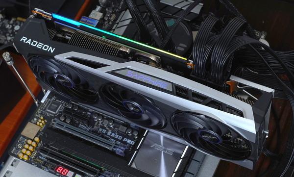 SAPPHIRE NITRO+ Radeon RX 6900 XT OC 16G GDDR6 review_00798_DxO