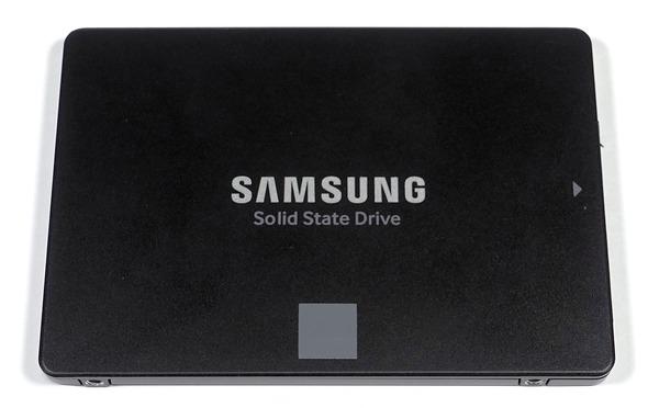 Samsung SSD 860 EVO 2TB review_04782_DxO