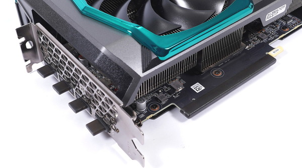 ZOTAC GAMING GeForce RTX 3070 AMP Holo review_00103_DxO