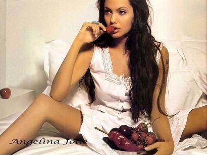 キャァ♪ なつかしい〜Angelina-Jolie
