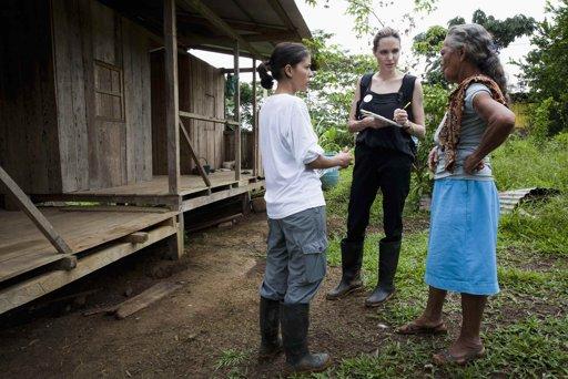 4/22コロンビア難民家族で:プロビデンシアコミュニティ