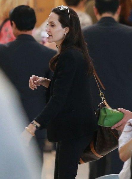 Brad+Pitt+Angelina+Jolie+Departing+Los+Angeles+MQvJo6B_g4Ul