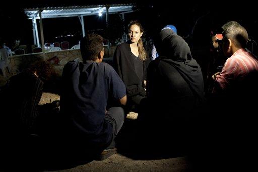 2012-09-11 アンジーヨルダン難民