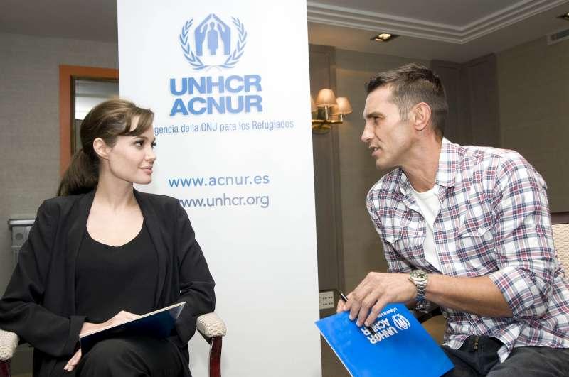 UNHCR本部で創立60周年を祝福
