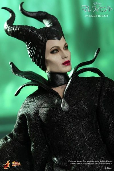maleficent-12-560x600
