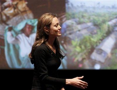 「世界難民の日」の イベント アンジースピーチ