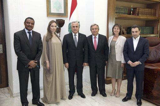 2012.9.11レバノン大統領ミシェル・スレイマン(左から3番目)