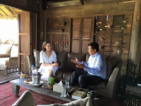 11/22 カンボジア大臣セイサマルと会談