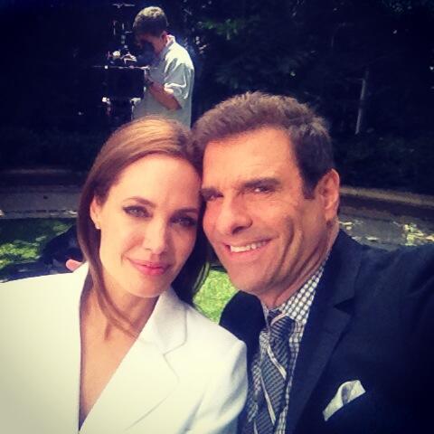Angelina_Jolie_Extra_TV
