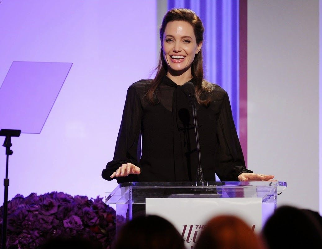 angelina-jolie-thr-women-in-entertainment-breakfast-01
