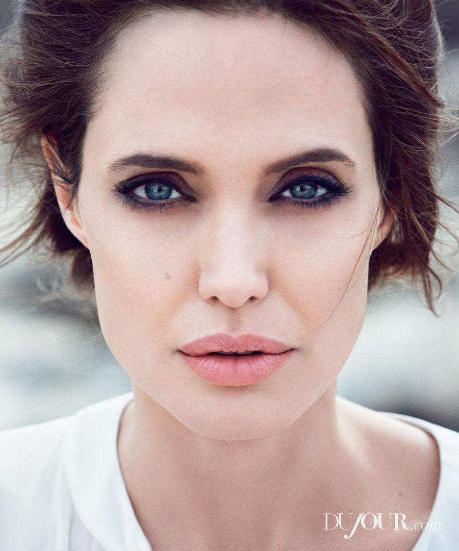 Winter_2014_DuJour_Magazine_Jolie_03