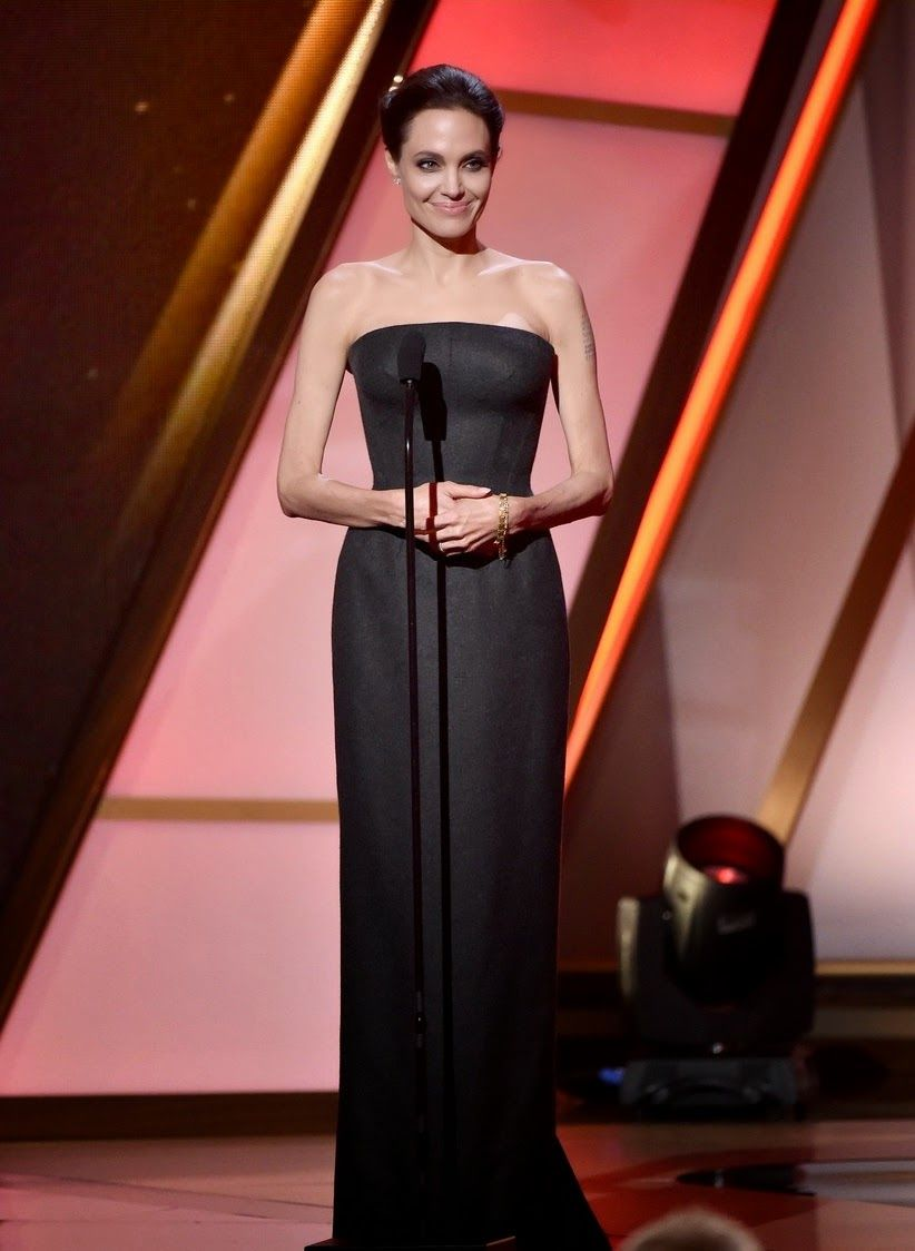 angelina-jolie-hollywood-film-awards-2014-14