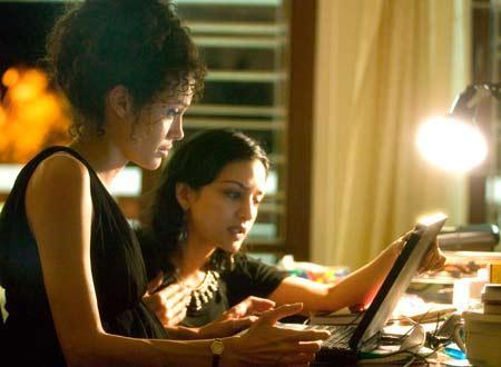 マイティハート アンジーと女性パソコンを 大きく 2
