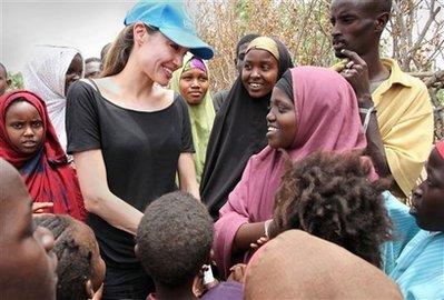 難民救済活動 12日 ケニア