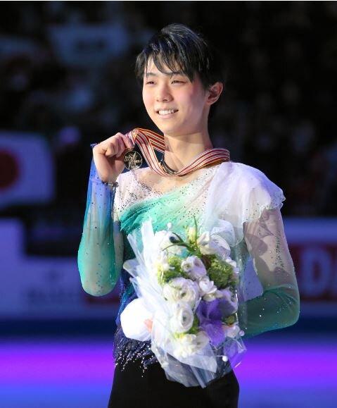 17 ワールド 表彰式 asahi  1
