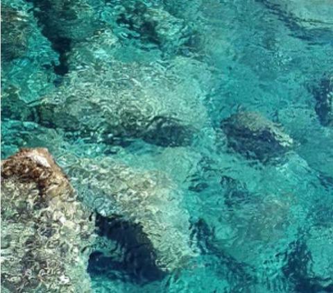 パンテリア島