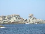 雄大な岩々