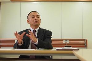 虐待防止委員長_顔写真