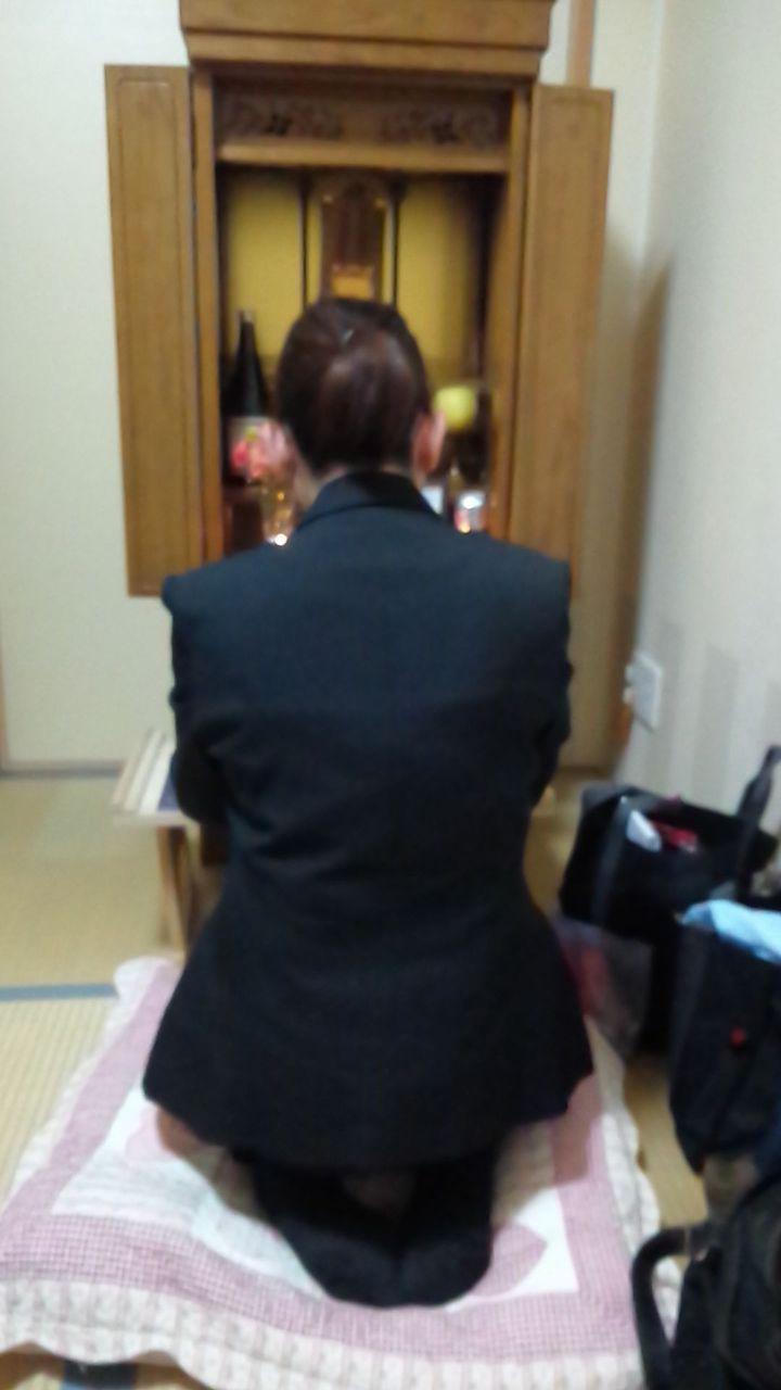 東京都 除霊 浄霊 現場 仏壇前 MEDIUM