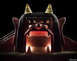 ④大きく口を開けた鬼の顔の滑り台