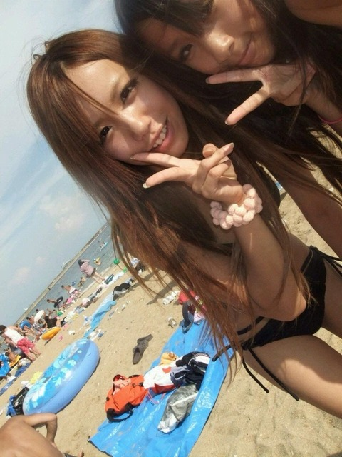 【素人・水着・海】夏の海水浴場が楽しみで仕方ないwww