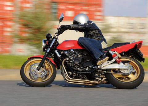 バイク 400cc