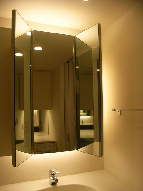 鏡 洗面所 三面鏡