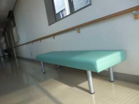 病院 椅子