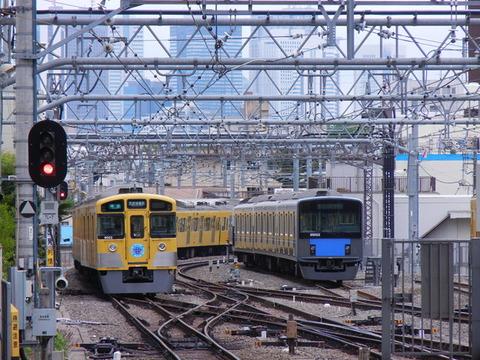 春から東京で働くから最寄りから会社まで一番のラッシュ時に電車乗ってみた…