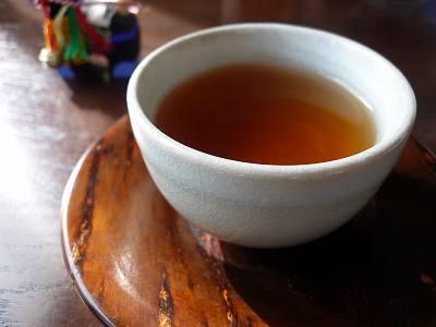 冷やしたほうじ茶を飲んで始末書を書くことになった