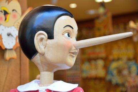 虚言癖 人形 鼻長い