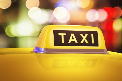 介護士からタクシー運転手になった結果・・・